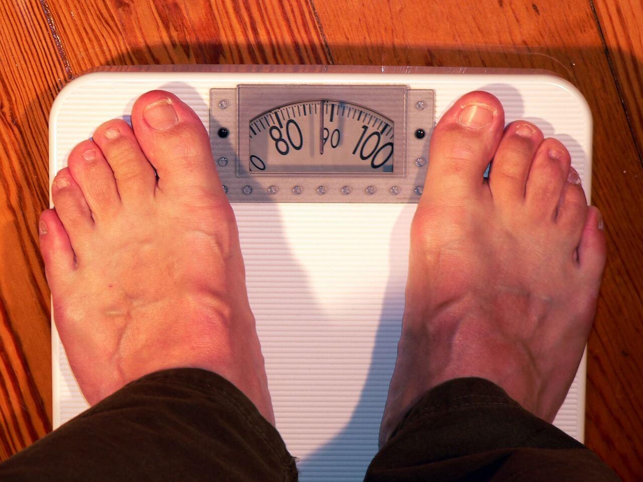 Farmakologiczne i operacyjne leczenie otyłości